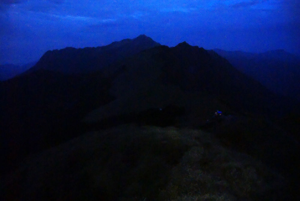 奇萊Day3-02 營地燈光