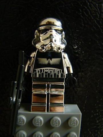 CHROME Stormtrooper Magnet!