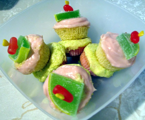 Strawberry Limeade Mini Cupcake Cocktails