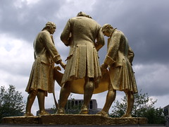Boulton, Watt, Murdoch gold leaf statue (ell brown) Tags: greatbritain england statue bronze birmingham published unitedkingdom civiccentre murdoch plinth westmidlands watt goldleaf portlandstone boulton broadst jameswatt birminghammail matthewboulton thegoldenboys williammurdoch bloye boultonwattandmurdoch williambloye threestandingfigures gildedbronzestatue regilded thecarpetsalesmen birminghammailextra bccdiy raymondforbeskings groupeddiscussingdrawings partiallyrolledupplanofasteamengine richardwheatley