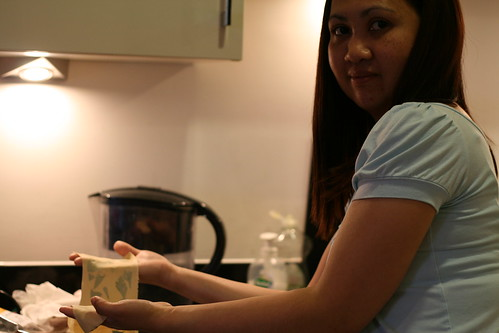 Monette helping to make pasta © danandtuesday