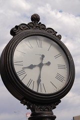 Clock from Candie_N at Flickr: http://www.flickr.com/photos/scjn/3729814397/