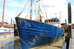 Noch seetüchtig? (antje whv) Tags: ditzum rheiderland dollart hafen nordsee schiffe boote nordeutschland ems emden niederlande europa alt verrostet dalben old