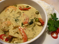 Thai green curry with prawns
