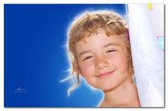 Beatrice (Gianni (2.0.)) Tags: blue light sunset portrait sky color sunshine backlight portraits canon back mare colore blu ps cielo bebe sorriso beatrice ritratti ritratto 70200 viso gianni controluce capelli faccia lglass ef70200mmf28lisusm canonllens llenses faccina seriel 40d ceccanti wwwgianniceccantiit gianniceccantiit