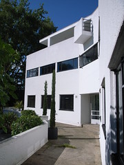 'High and Over' (stevecadman) Tags: 1920s house london architecture concrete 1930s internationalstyle modernist modernmovement connellwardandlucas amyasconnell c20society c20societytour 20090725metroland interwarera