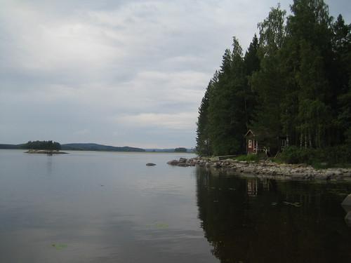 el lago (nublado)