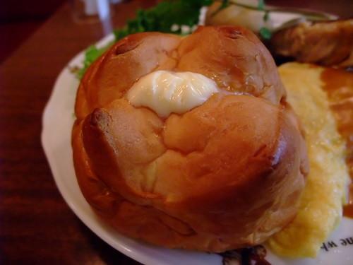 RAKERU Bread - 傳說中的超好吃餐包