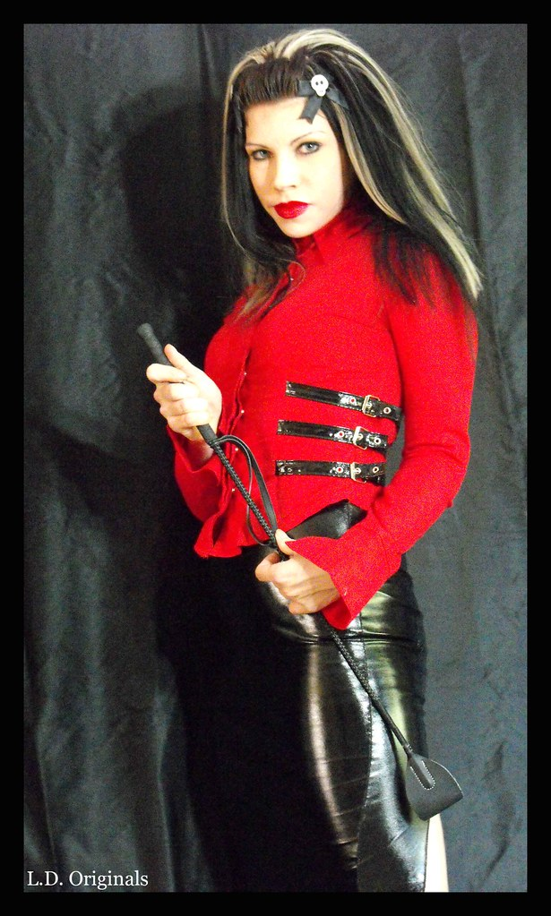 Violet black femdom kink | Erotic images)