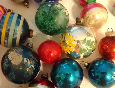 1vintage-ornaments