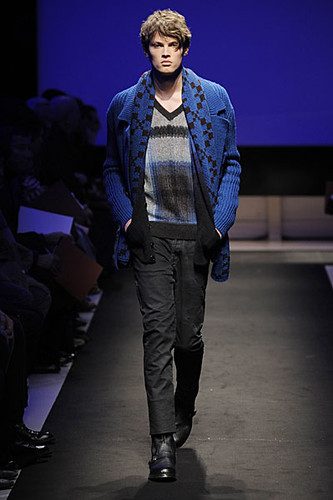 Taylor Fuchs3040_FW09_Missoni(Modo Model Blog)