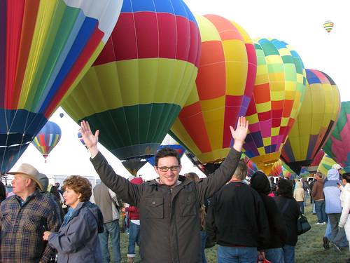 raise the balloons