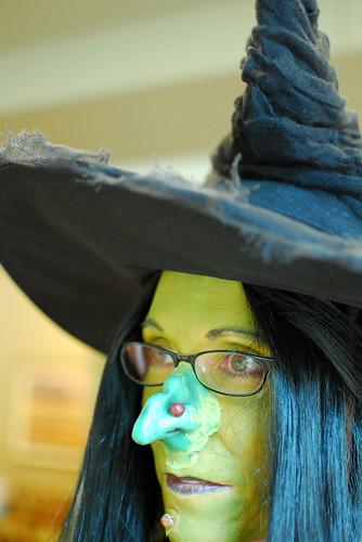 076 costume contest