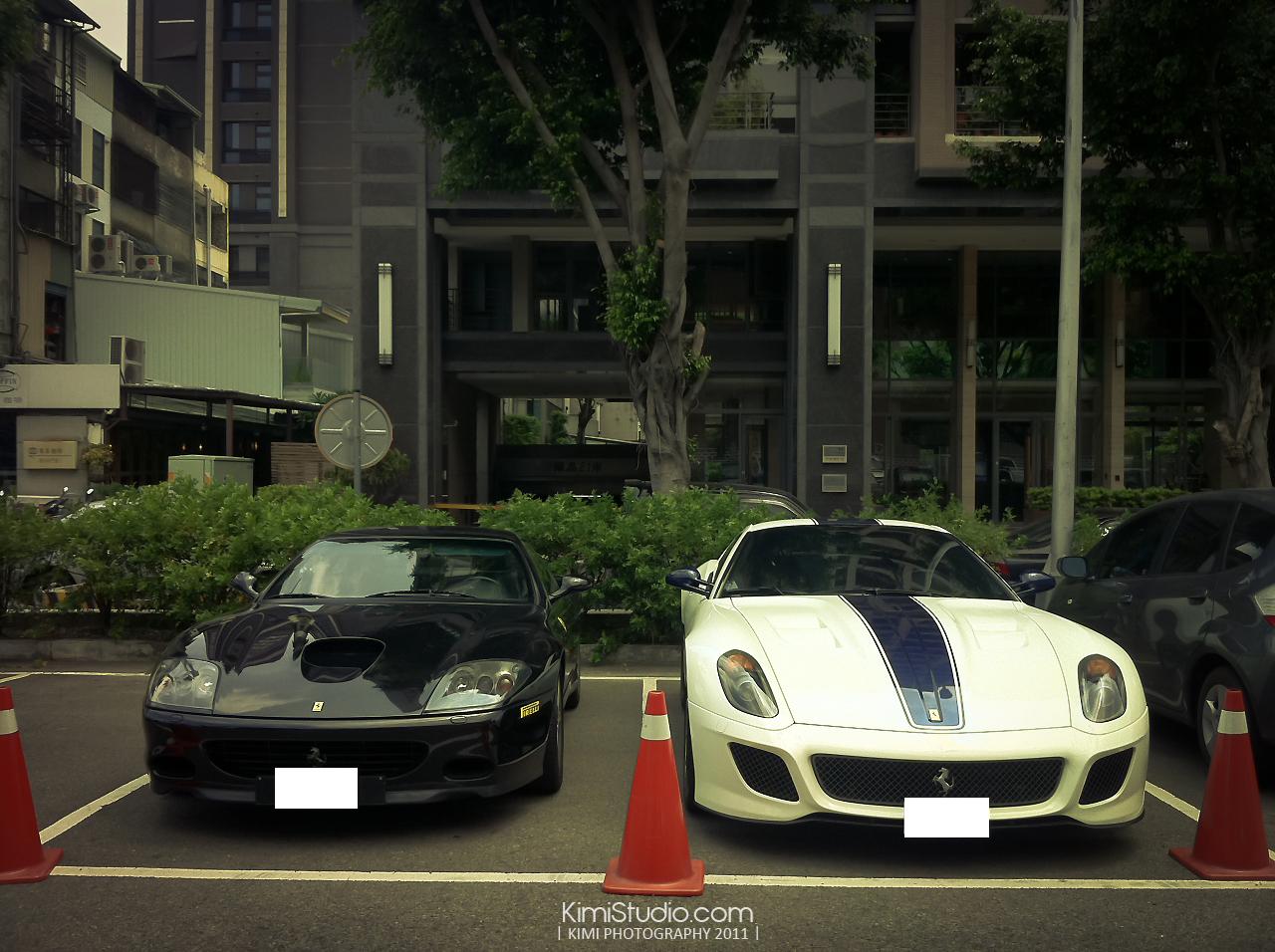 Ferrari 2011.06.10-025