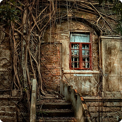 XM-94 (SQSUN2008) Tags: show china old city light sun house art window wall architecture photography photo colorful asia decay   hdr  hdrimage suncolor awardflickrbest sunshaoqing