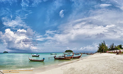 HDR Panorama Leephae Island , Satun , Thailand (East Shore , Afternoon) /   (AmpamukA) Tags: wallpaper panorama thailand island boat fishing afternoon east hdr breathtaking satul    breathtakinggoldaward 100commentgroup virtualjourney ampamuka leephae