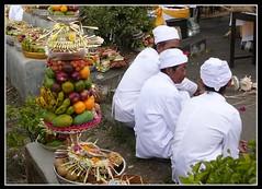 Balinese Hindu Permangku (scinta1) Tags: bali fruit indonesia ceremony hindu lakebatur barong offerings kintamani agama mountbatur upacara kedisan permangku