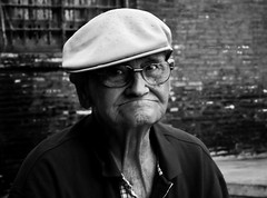 Retratos en la Calle # (Antonio Goya) Tags: life street portrait people urban 50mm spain nikon foto gente retrato zaragoza vida goya ff d90 callejeo tff1