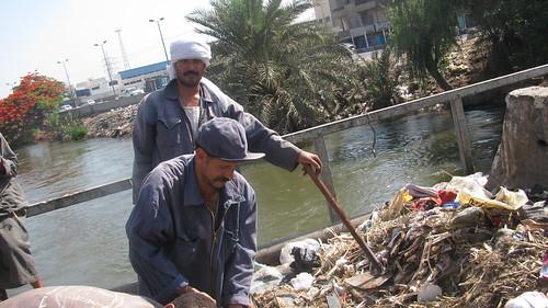 عمال النظافة فى مدينة طنطا by you.