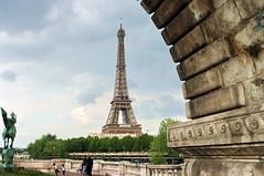 Paris Pont Bir-Hakeim 3 vue sur la tour Eiffel (paspog) Tags: paris pont birhakeim pontdebirhakeim 5photosaday