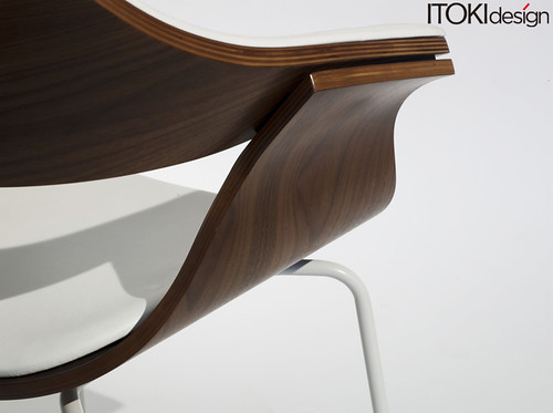 DP chair by ITOKI design