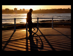 La Hora Mgica (Pepix2007) Tags: sunset espaa beautiful atardecer golden spain nikon shadows artistic gijn silhouettes asturias explore sombras siluetas anochecer dorado perfiles monocycle monociclo supershot outstandingshots platinumphoto anawesomeshot goldcollection holidaysvacanzeurlaub theunforgettablepictures saariyqualitypictures