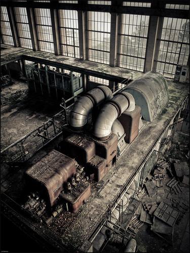 Industrial landscape - {P3146227_28_29_30_31_32}