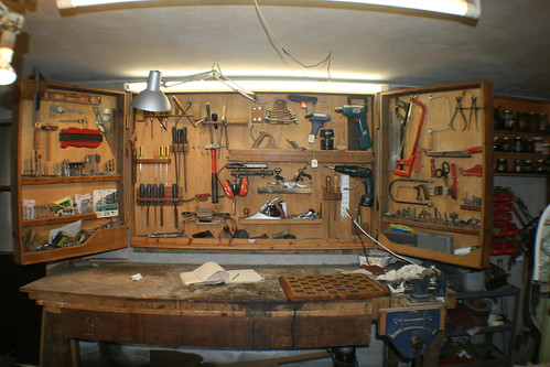 Bench and Wall-Toolbox