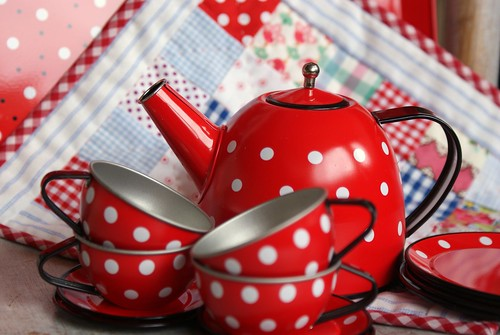 polkadots for tea