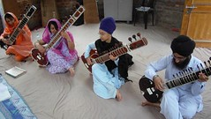 Learning Sitar at Baru Sahib (gurjeet kaur) Tags: