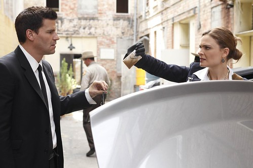 HiRes 5x02 - The Bond in the Boot by Bones Picture Archive.