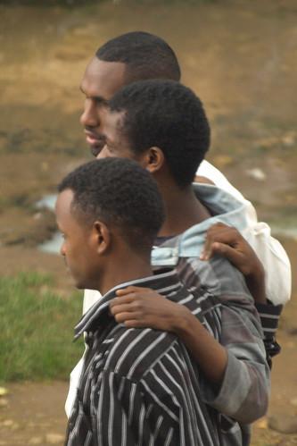 Amigos en Armenian Sefer (Addis Abeba Etiopía)