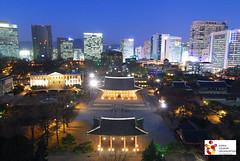 Duksugung_night shot_Seoul, South Korea ( ) (Koreabrand-03) Tags: street city travel food night de asia republic south palace korea na korean seoul southkorea coree  republique   coire  5photosaday   republickorea  poblacht   rpubliquedecore poblachtnacir