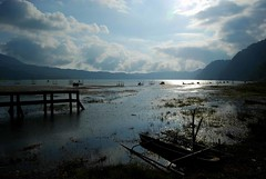 LAKE BUYAN (Mister Sempol) Tags: panorama lake landscape boat bedugul 5photosaday lakebuyan