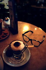 moccacino (donchris!) Tags: life coffee caf bar germany deutschland stillleben still focus dof hessen im bokeh kaffee alemania triangulum 16 allemagne caff gelnhausen germania str kawa  cafbar moccacino niemcy brasini  hailerer