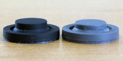 Rubber Domes of TrackPoint Buttons: Chicony (black, left) and NMB (gray, right)