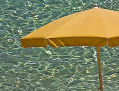 summer    time  (paololivorno) Tags: summer reflection water umbrella estate malta livorno 2009 riflesso ombrellone trasparenza paololivorno saariysqualitypictures