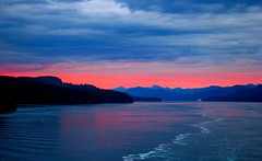Sunset at Glacier Bay,Alaska (Kim & Bing's Travel Photos) Tags: travel photo polestar topshots photosandcalendar greatshotss theoriginalgoldseal mygearandme mygearandmepremium flickrsportal panoramapotográfico worldwidelandscpaes