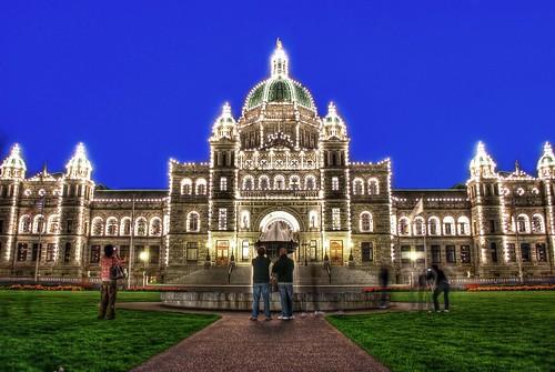 フリー画像| 人工風景| 建造物/建築物| ブリティッシュコロンビア州議事堂| 夜景| カナダ風景| HDR画像|     フリー素材|