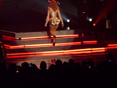 P1020832 (aphrodite-in-nyc) Tags: kylie hammersteinballroom kylieminogue