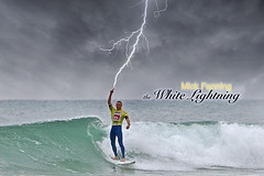Mick Fanning (envisionpublicidad) Tags: world white france kids gold coast surfer champion wave australia surfing victory eugene winner pro lightning mick title asp 07 champ 2007 ripcurl quiksilver fandango fanning cooly whitelightning mickfanning aspworldchampion micktor thewhitelightning