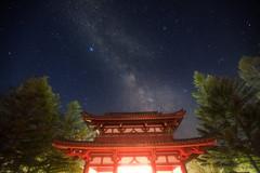 StarGate (masahiro miyasaka) Tags: japan night canon stars temple iso3200 star gate buddhism clear galaxy astrophotography stargate milkyway startrail guardiandeities eos5dmark