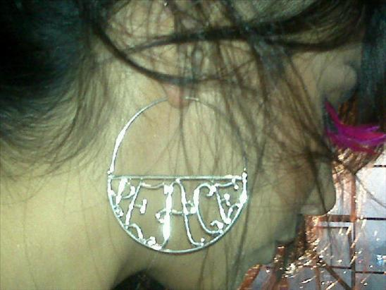 Poparazzi PEACE Earring are on the 10 Must Have Princess Dominique Favorite Things of 2009