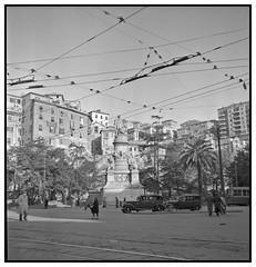 Genoa - Italy - WW II (Yannick Michel) Tags: genoa genova 1945 columbusmonument gênes rolleiflexnewstandard