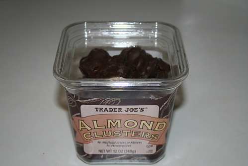 2009-03-23 - Trader Joe's Almond Clusters - 01 - The box