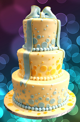 wedding cake in blue and gold