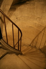 2009-11-22-PARIS-Pantheon25-stairs2