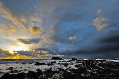 Porspoder - Presqu'île St Laurent (Brestitude) Tags: sunset brittany bretagne breizh coucherdesoleil couchédesoleil finistère porspoder d700 nikkor1424mm cieldenovembre presquîlesaintlaurent brestitude