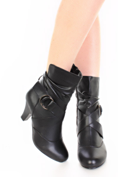 shoes-boots-loma-loblackpu_2