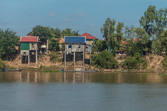 20161228 Cambodia 05023 2 (R H Kamen) Tags: cambodia indochina southeastasia architecture buildingexterior builtstucture rhkamen riverside sho stilthut waterfront